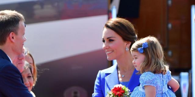Принц Джордж и принцесса Шарлотта с родителями прилетели в Берлин