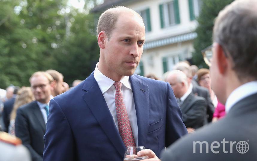 Кейт Миддлтон оголила плечи на приеме в честь королевской семьи. Фото Getty