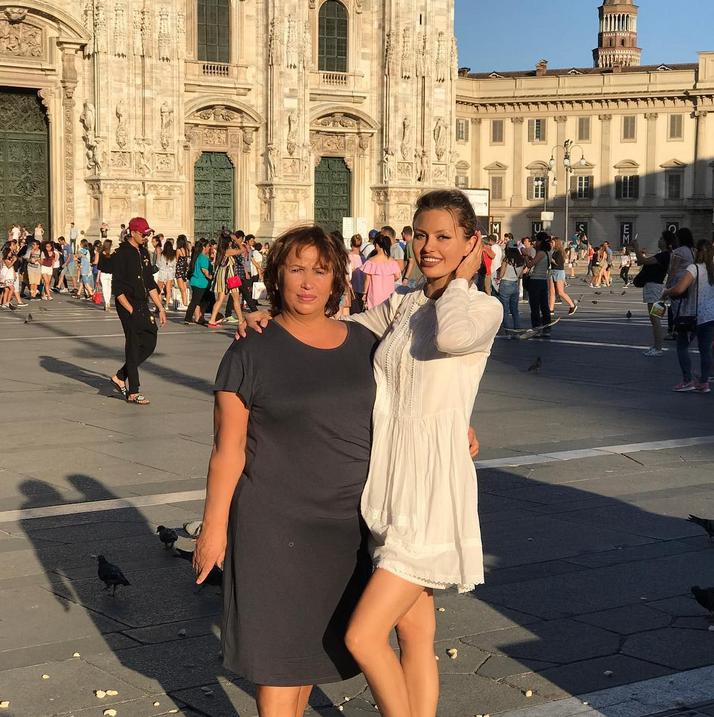 Виктория Боня показала фото с мамой. Фото Скриншот/Instagram: victoriabonya