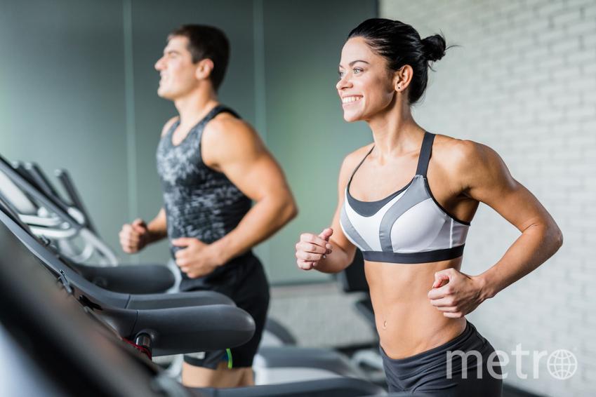 Купить абонемент в фитнес и перестать экономить на себе. Фото pressfoto