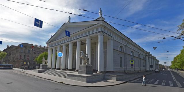 На выходных в Петербурге откроется