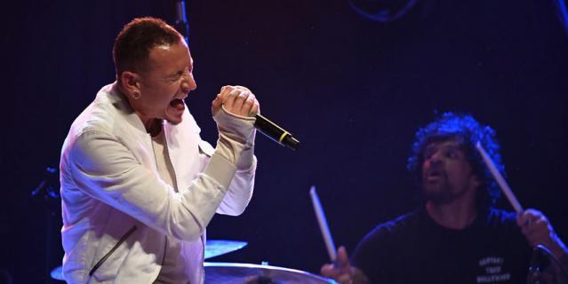 Гитарист группы Korn раскритиковал Беннингтона за