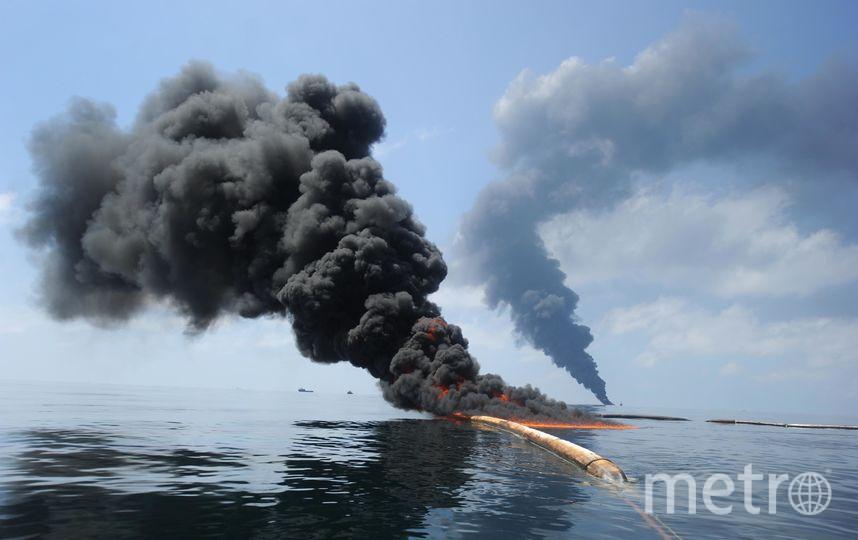 Пожар на воде | Архивное фото. Фото Getty