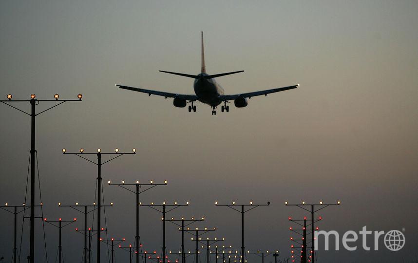 Самолёт заходит на посадку. Фото Getty