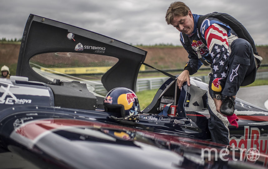57-летний Чемблисс выиграл этап Red Bull Air Race в Казани. Фото www.redbullcontentpool.com