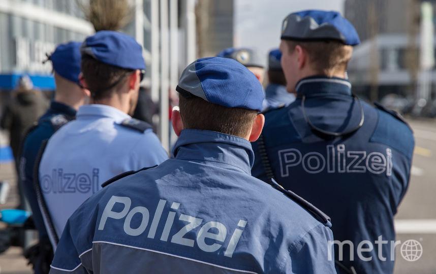 ВШвейцарии мужчина сбензопилой покалечил служащих офиса
