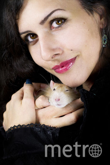 Диана и её крыска. Фото Majorie Coulin
