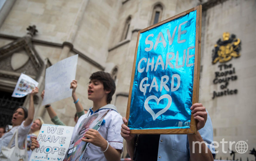 Родители смертельно нездорового  малыша  Чарли могут согласиться наего эвтаназию