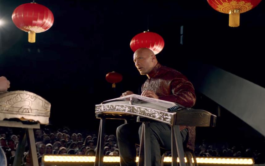 Дуэйн Джонсон сыграл главную роль в рекламе Apple. Фото Apple , Скриншот Youtube