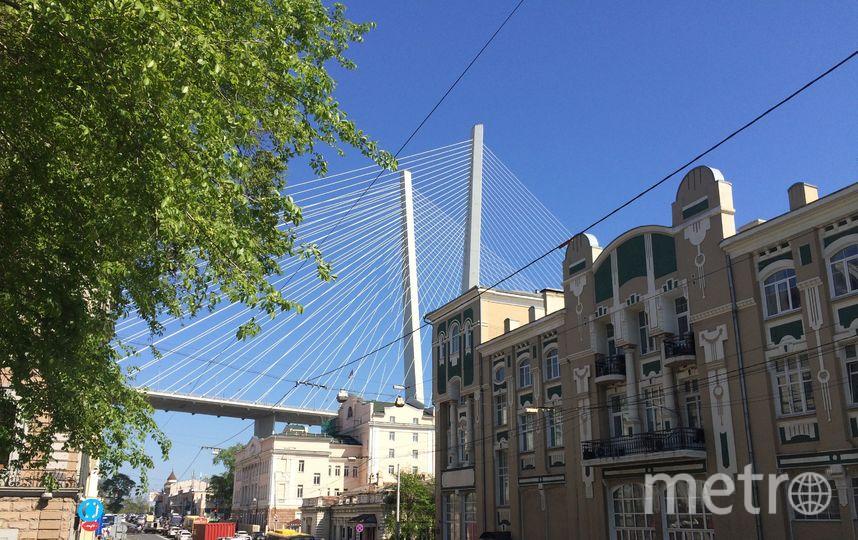 Золотой мост над старым городом. Фото Зинаида Мишина