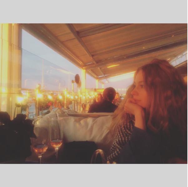 https://www.instagram.com/svetlana_khodchenkova/?hl=ru.