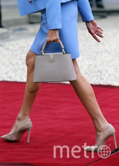 Полной противоположностью стилю Мелании Трамп можно назвать первую леди Франции Брижит Макрон. Фото Getty