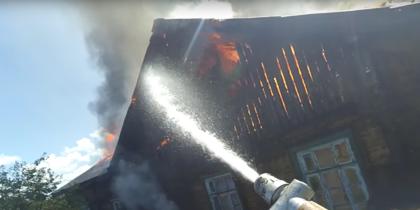 Пожарный превратил свою работу в остросюжетный боевик — Видео
