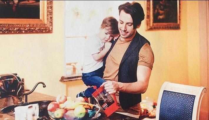 Пугачева иВайкуле показали «высокие отношения» всамолете
