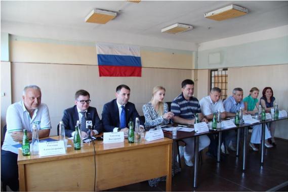 Лиза Пескова показала фото с завода в Севастополе. Фото https://www.instagram.com/stpellegrino/
