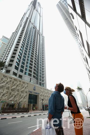 Так горела башня в Дубае в 2015 году. Фото Getty