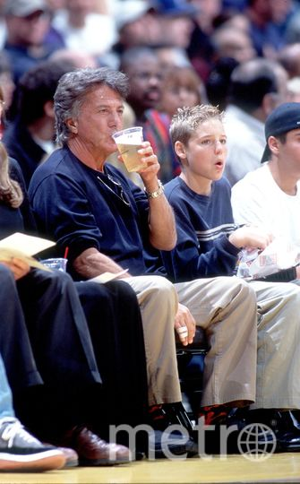 Дастин Хоффман. 1999 год - на баскетболе. Фото Getty