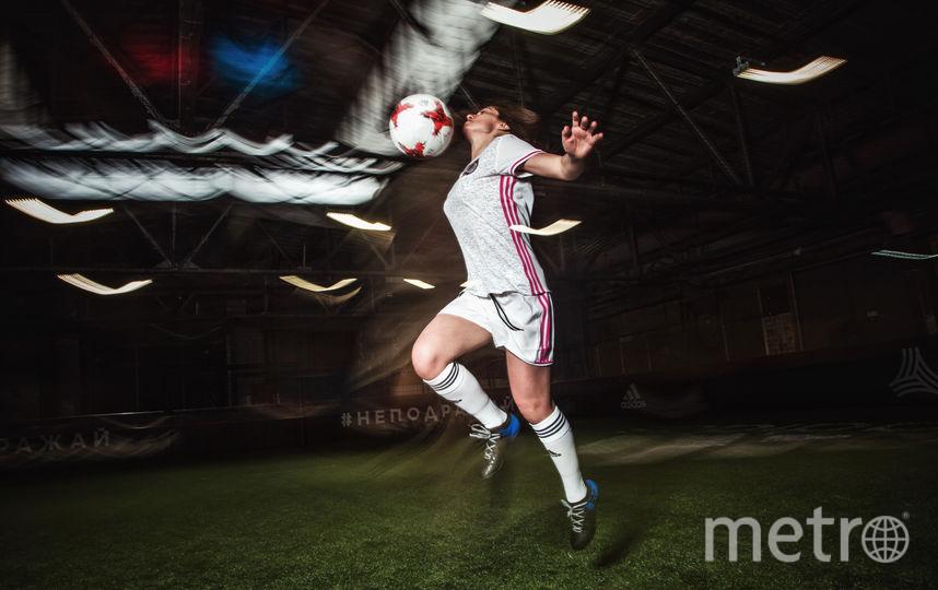 """Члены футбольной команды школы """"Girl Power"""". Фото Анна Шмитько, фотограф и вратарь команды """"Girl Power"""""""