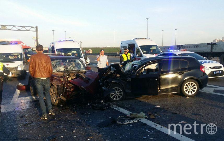 В ДТП на КАД пострадали семь человек. Фото vk.com
