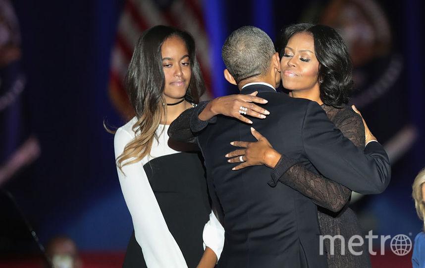 Малия Обама с родителями. Фото Getty
