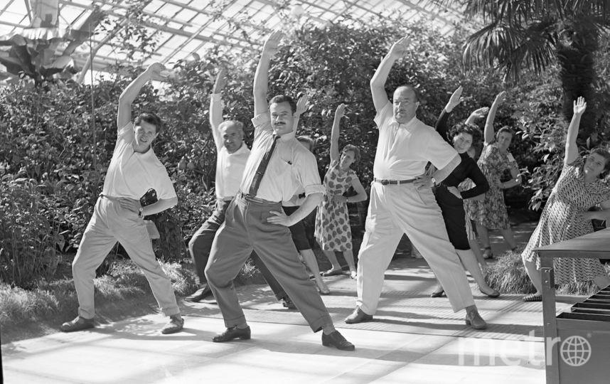 Неизвестный автор. Производственная гимнастика в оранжерее павильона «Грузинская ССР». 1962. Фотоархив ВДНХ. Фото Фото предоставлено организаторами выставки
