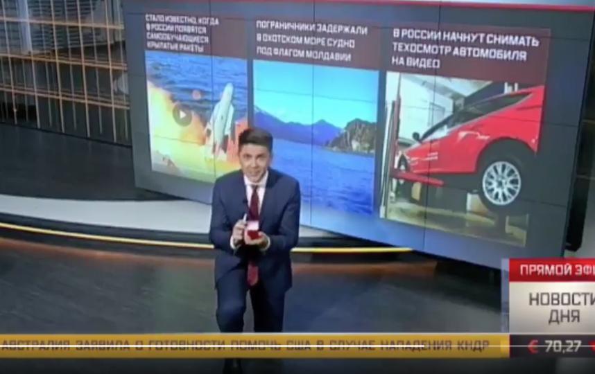 """Денис Кочанов в прямом эфире телеканала """"Звезда"""". Фото twitter.com/zvezdanews"""