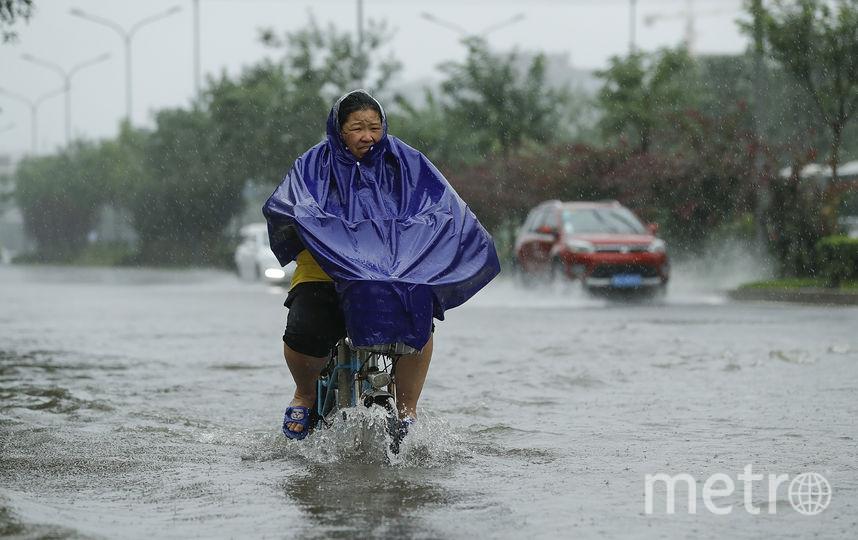 Затопленная улица в Китае. Фото Getty