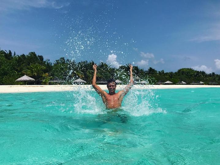 Абсолютно голый Прохор Шаляпин в душе возмутил Сеть. Фото Скриншот/Instagram: p_shalyapin
