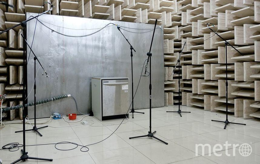 """Журналист Metro побывал в инновационном центре, в лабораториях и на заводах, где придумывают, испытывают и делают """"умную"""" бытовую технику. Фото Алена Бобрович., """"Metro"""""""