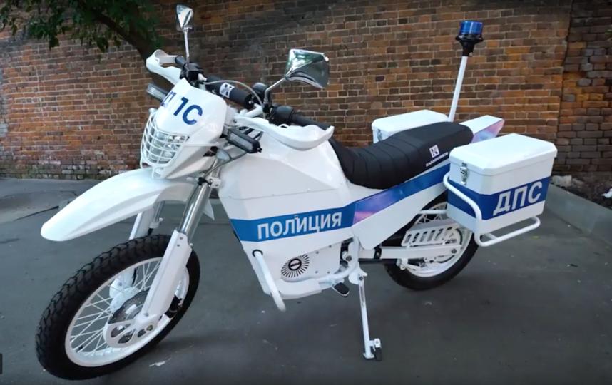 "Электрический мотоцикл ""Иж"". Фото Скриншот Youtube"