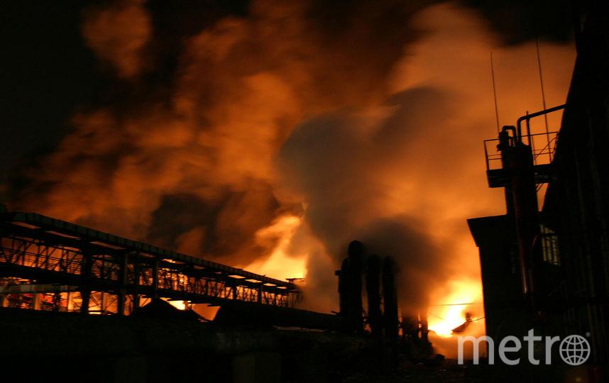 Пожар на химзаводе. Фото Getty