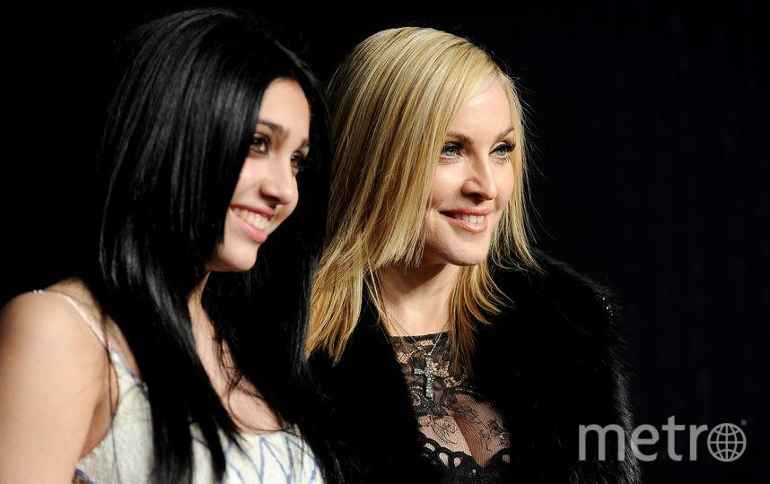 Дочь Мадонны застукали в секс-шопе. Фото Getty