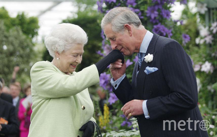 Короева Елизавета II и принц Чарльз. Фото Getty