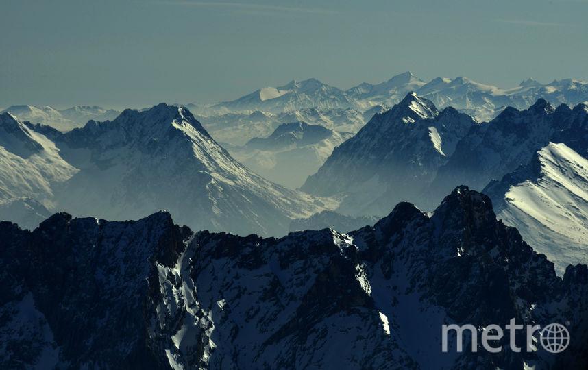 ВЯпонии 74-летний альпинист неделю ждал спасателей, питаясь шоколадом