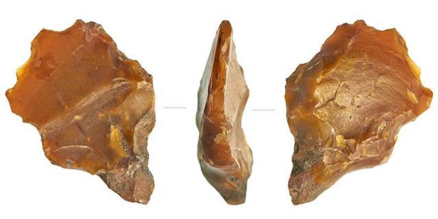 На Сретенке нашли кремнёвый резец эпохи неолита, а на Покровском бульваре – скребок эпохи мезолита.