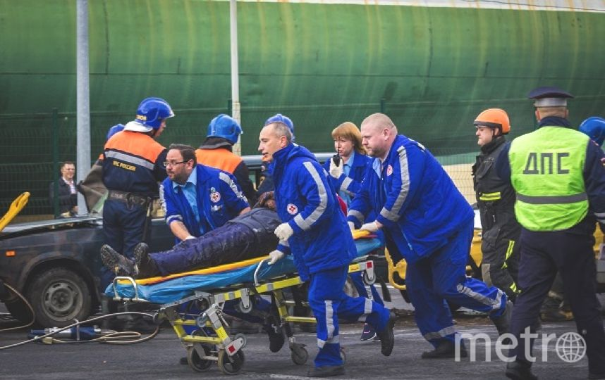 "Cмертельное ДТП случилось на ""зебре"". Фото МЧС региона."