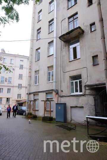 В Петербурге мужчина упал вместе с балконом. Фото Все - Алены Бобрович.
