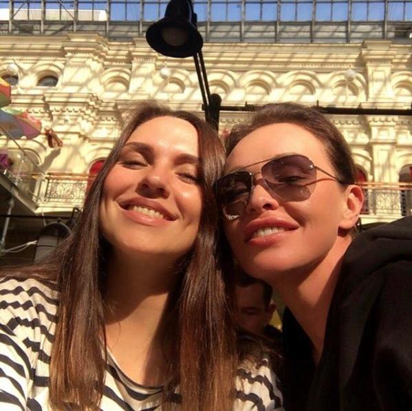 instagram.com/nadiaruchka/.