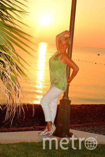 пышные формы всегда и во все времена олицетворяли здоровье женщины, ее способность к продолжению рода, жизнерадостность,а также умение противостоять жизненным невзгодам, тем самым поддерживая свою семью. сейчас мои аппетитные формы тонированы средиземноморским загаром и придают мне невероятную женственность, поэтому кто как не я, достойна кисти Рубенса. Фото Наталья Дубовицкая , 45 лет, Кронштадт.