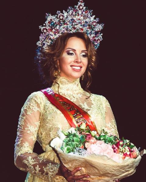 instagram.com/polinadibrova/?hl=ru.