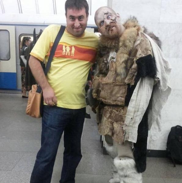 Белые ходоки на станциях московского метро. Фото Instagram safontsevai