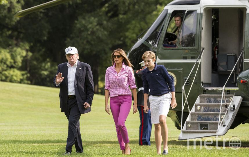 Мелания Трамп вернулась в Вашингтон в розовых джинсах. Фото Getty