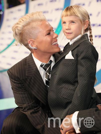 """Пинк трогательно поддержала дочь, похожую """"на мальчика с длинными волосами"""". Фото Getty"""