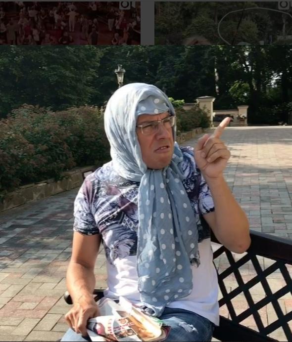 Максим Галкин в своем Instagram не смог пройти мимо ухода Малахова с Первого канала и выдал пародию.