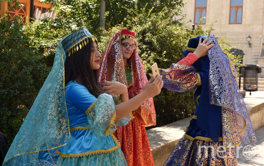Жительницы Баку. Фото Василий Кузьмичёнок