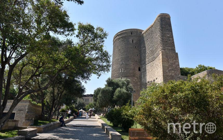 Девичья башня в Баку. Фото Василий Кузьмичёнок