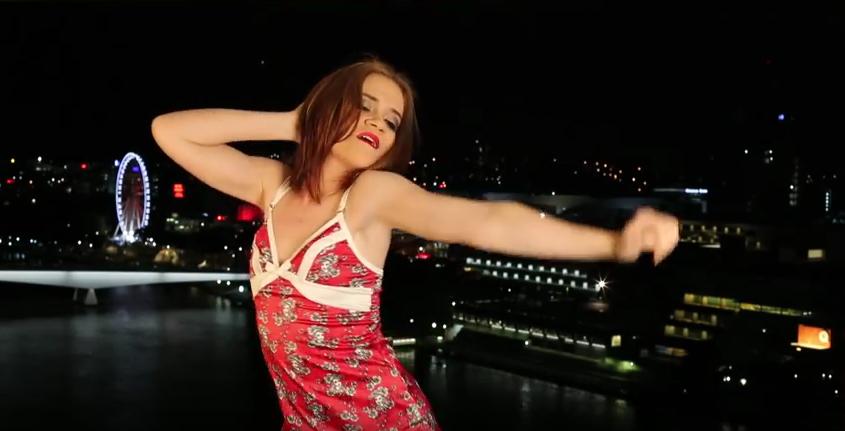 Австралийская порноактриса Люси Би. Фото Скриншот Youtube