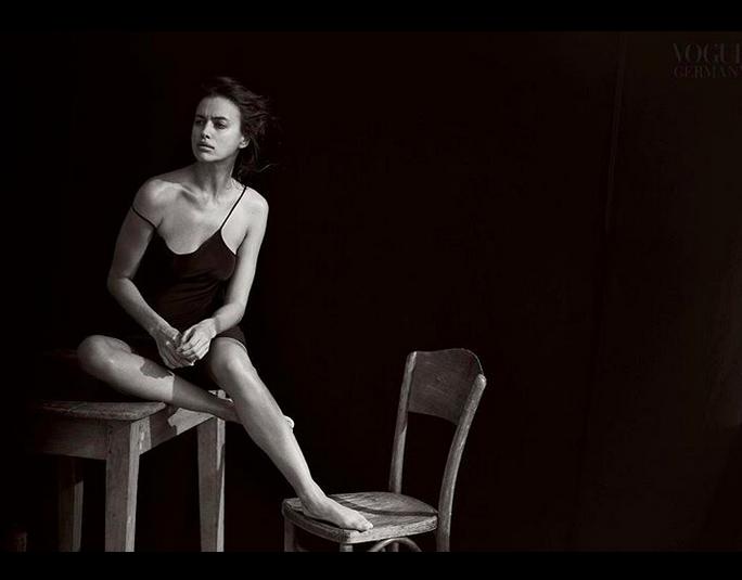 Ирина Шейк - фотоархив.