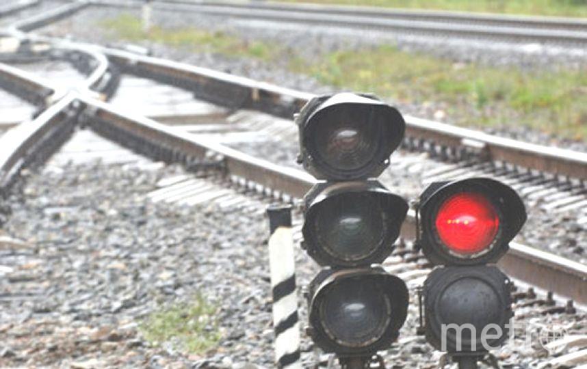 Электричка сбила мужчину на станции Ковалево.