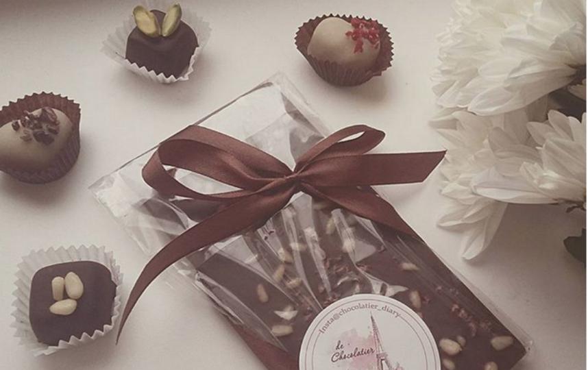 """""""Сладкая парочка"""": в Северодвинске пара украла шоколад. Фото Скриншот instagram.com/_angelos_a050/"""